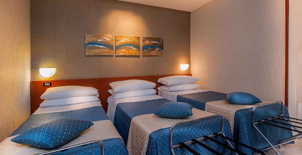 Rouge Et Noir Hotel 4 Star Hotel In Rome Quadruple Room